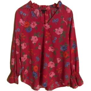 Ann Taylor Floral Top with Flowy Sleeves Sz Medium